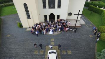 Dron na weselu