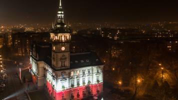 Ratusz Bielsko-Biała 100 lat Niepodległości